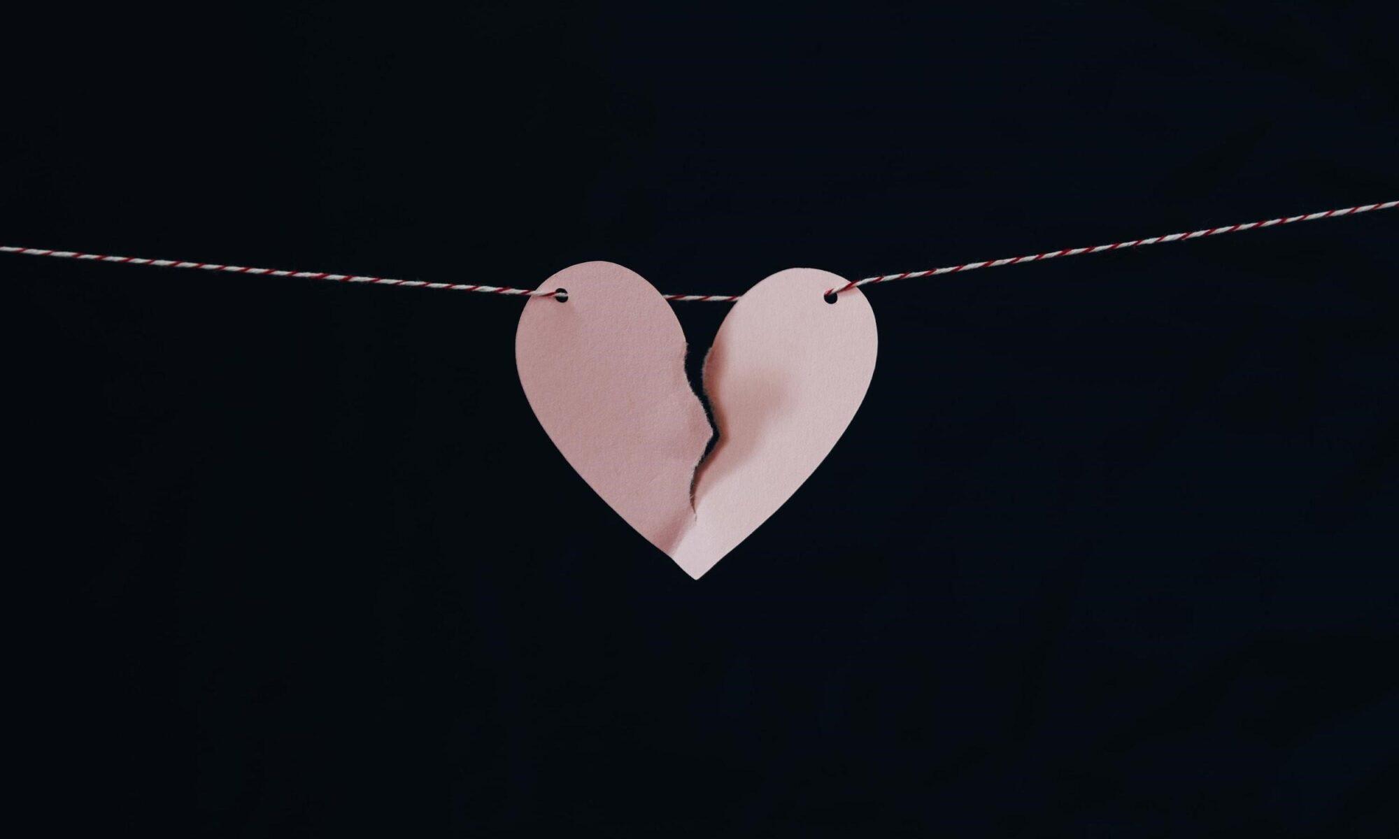 Gebrochenes Herz an der Leine
